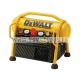 LOT MENUISIER DEWALT CLOUEUR DPN1850 + COMPRESSEUR DPC6MRC + TUYAU DE 5 ML + 10 000 Clous